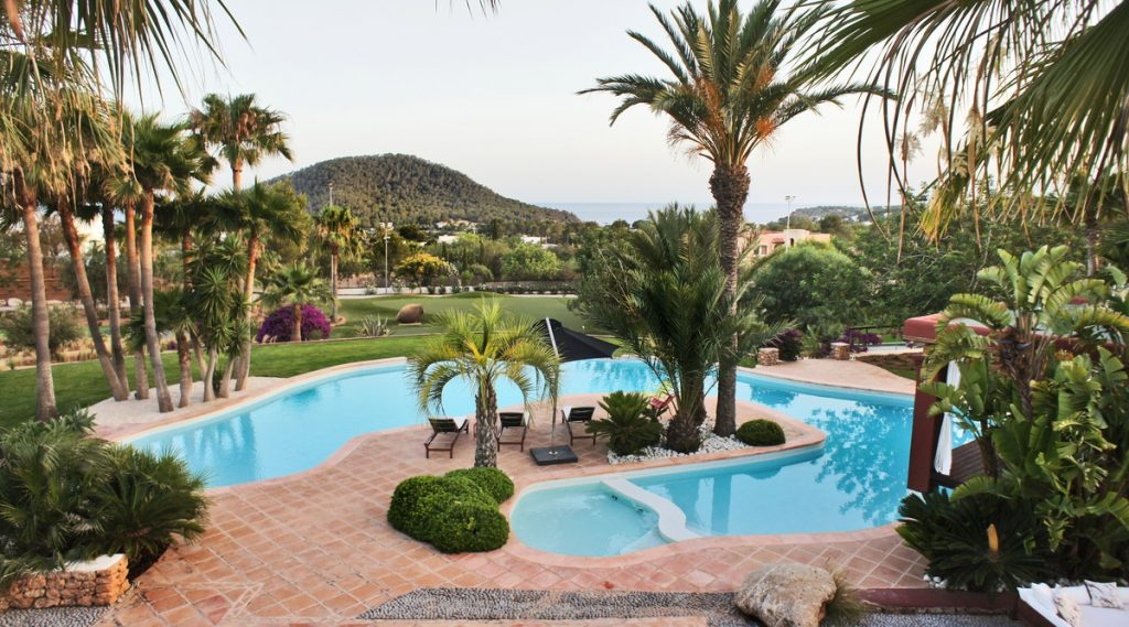 Luxury Villas With Tennis Courts | Ibiza, Can Punta | Edge Retreats