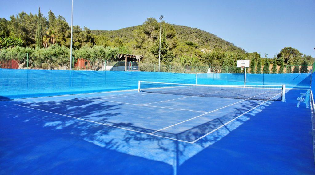 Holiday Villas With Tennis Court | Ibiza, Can Punta | Edge Retreats