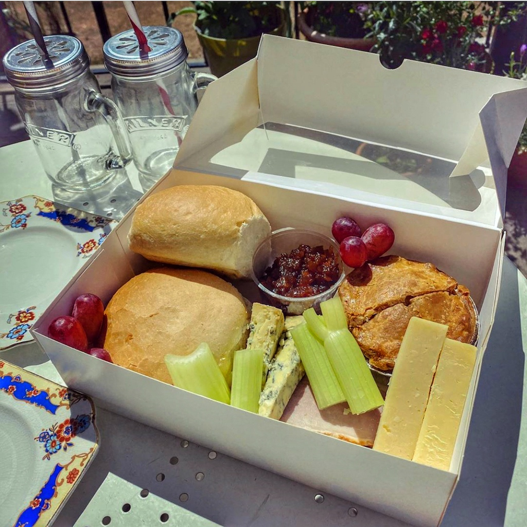 Ploughman's box